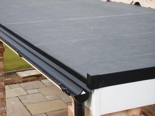 Close Up Corner Of Flat Roof Epdm Flatroofing Roofingsystem Flat Roof Roofing Roof