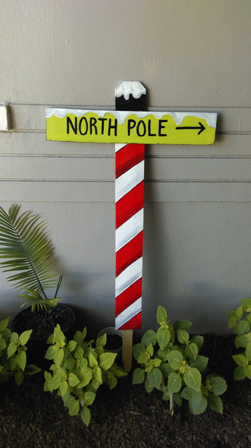 Wood yard decorations - 36 X Mas Christmas North Pole Sign Yard Art Decor Wood Reclaimed Green Red