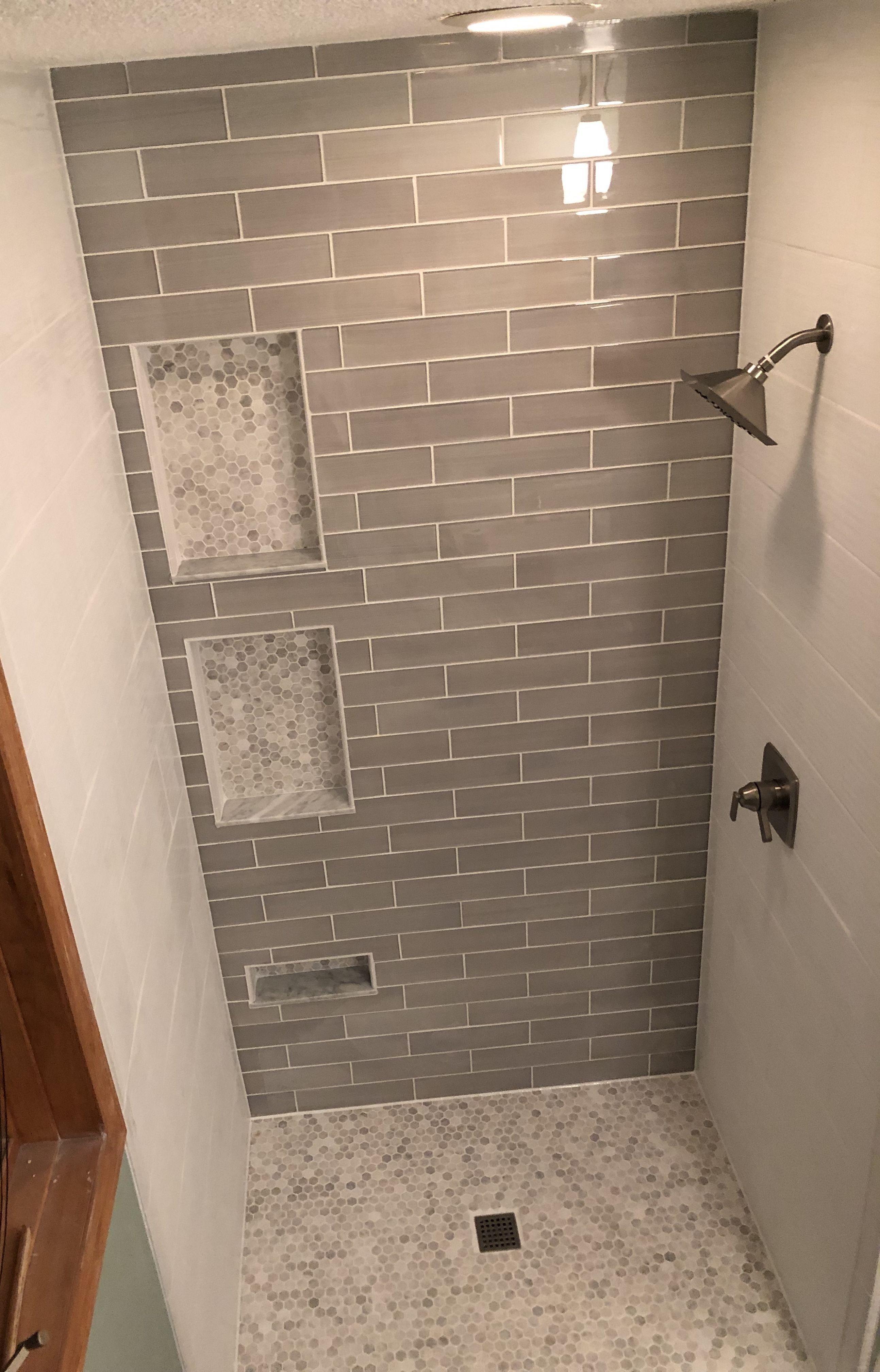 45 Elegant White Hexagon Bathroom Tile Design Ideas Bathroom Tile Designs Bathrooms Remodel Small Bathroom Remodel