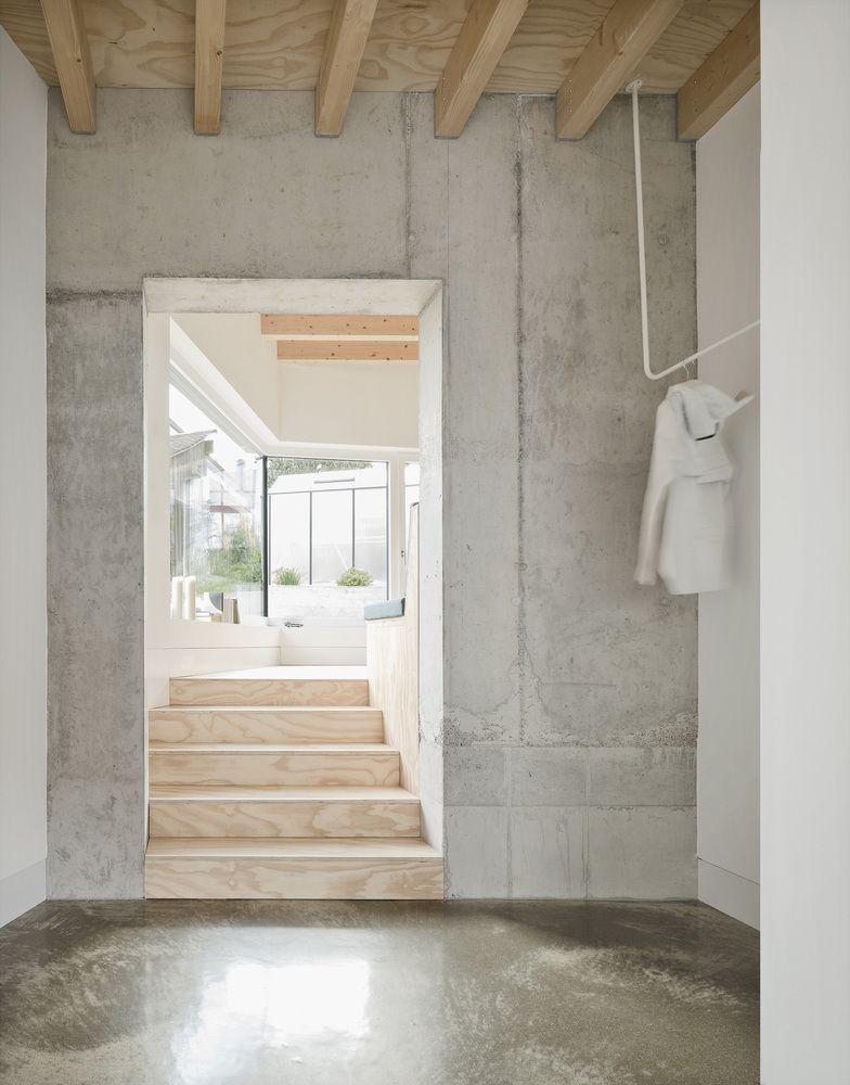 Gallery Of Haus D Yonder Architektur Und Design 25 Concrete Interiors Hallway Inspiration Haus