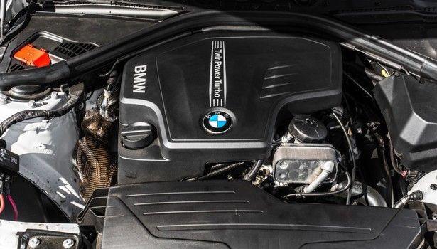 2017 BMW 3 series - engine