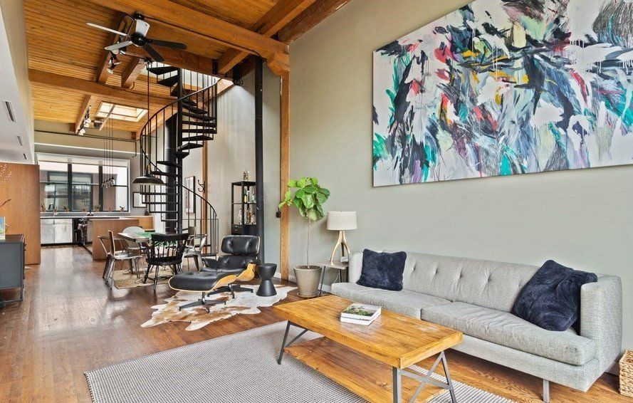 Chicago Duplex Loft Apartment For Rent Features High Ceilings And Spiral Staircase To Upper Level Livi Living Dining Room Lofts For Rent Dining Room Fireplace