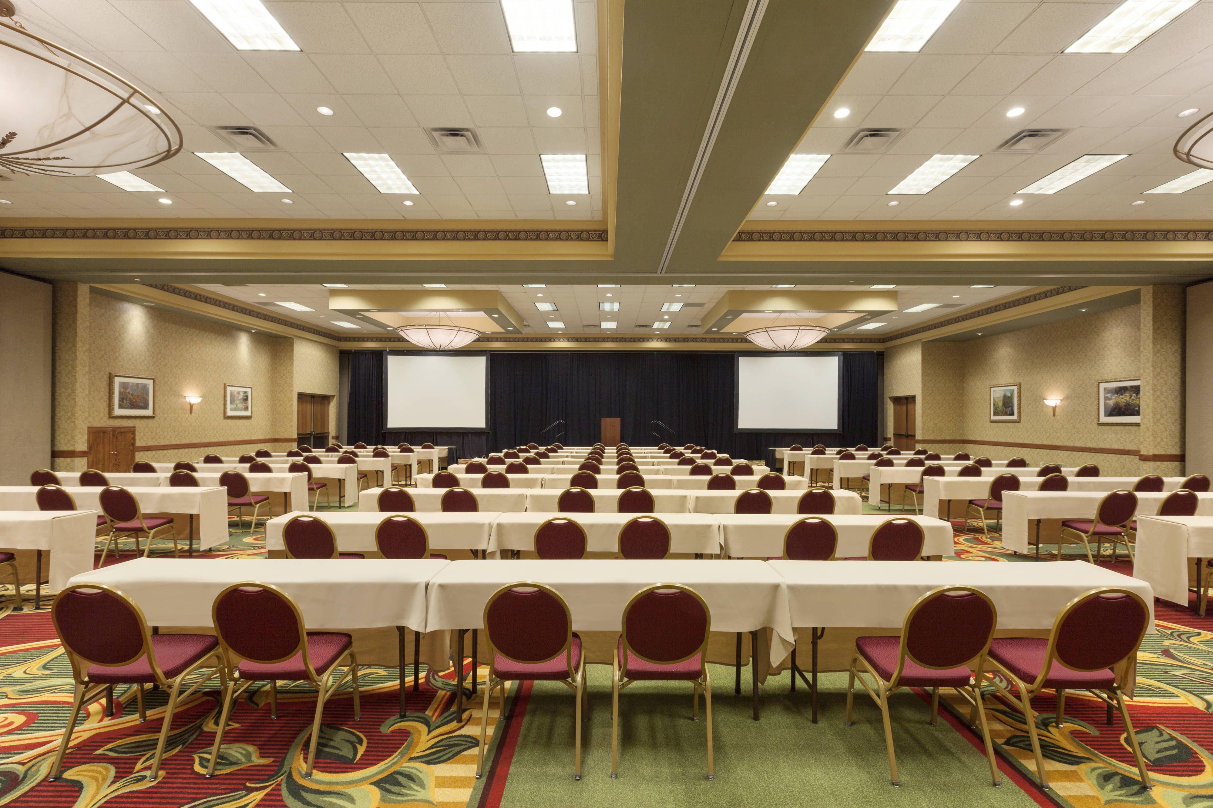 Cedar rapids marriott grand ballroom classroom style