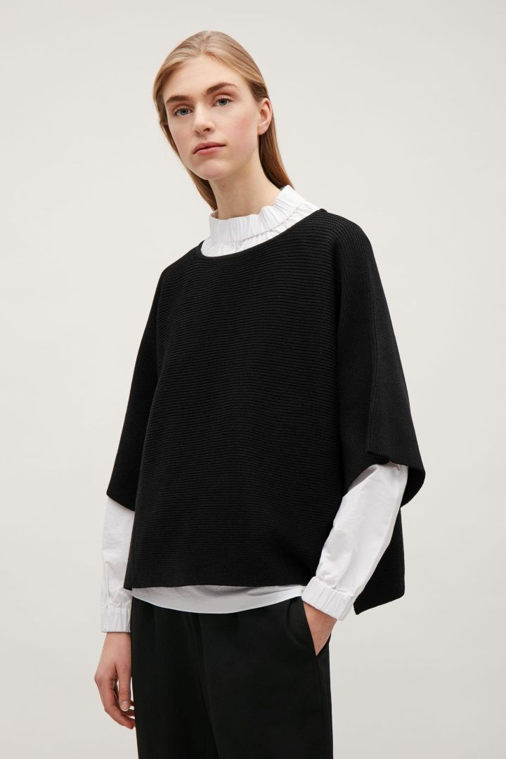 1d36889ff539 COS image 2 of Cropped oversized knit jumper in Black   Need ...