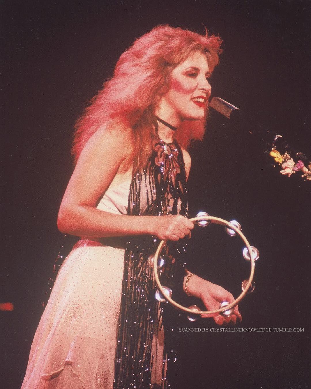 Stevie Nicks Daily On Instagram Mirage Tour Stevie Nicks Stevie Stevie Nicks Fleetwood Mac [ 1350 x 1080 Pixel ]