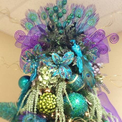 Pin by Sue Meyer on Things I Like Pinterest Tree toppers - peacock christmas decorations