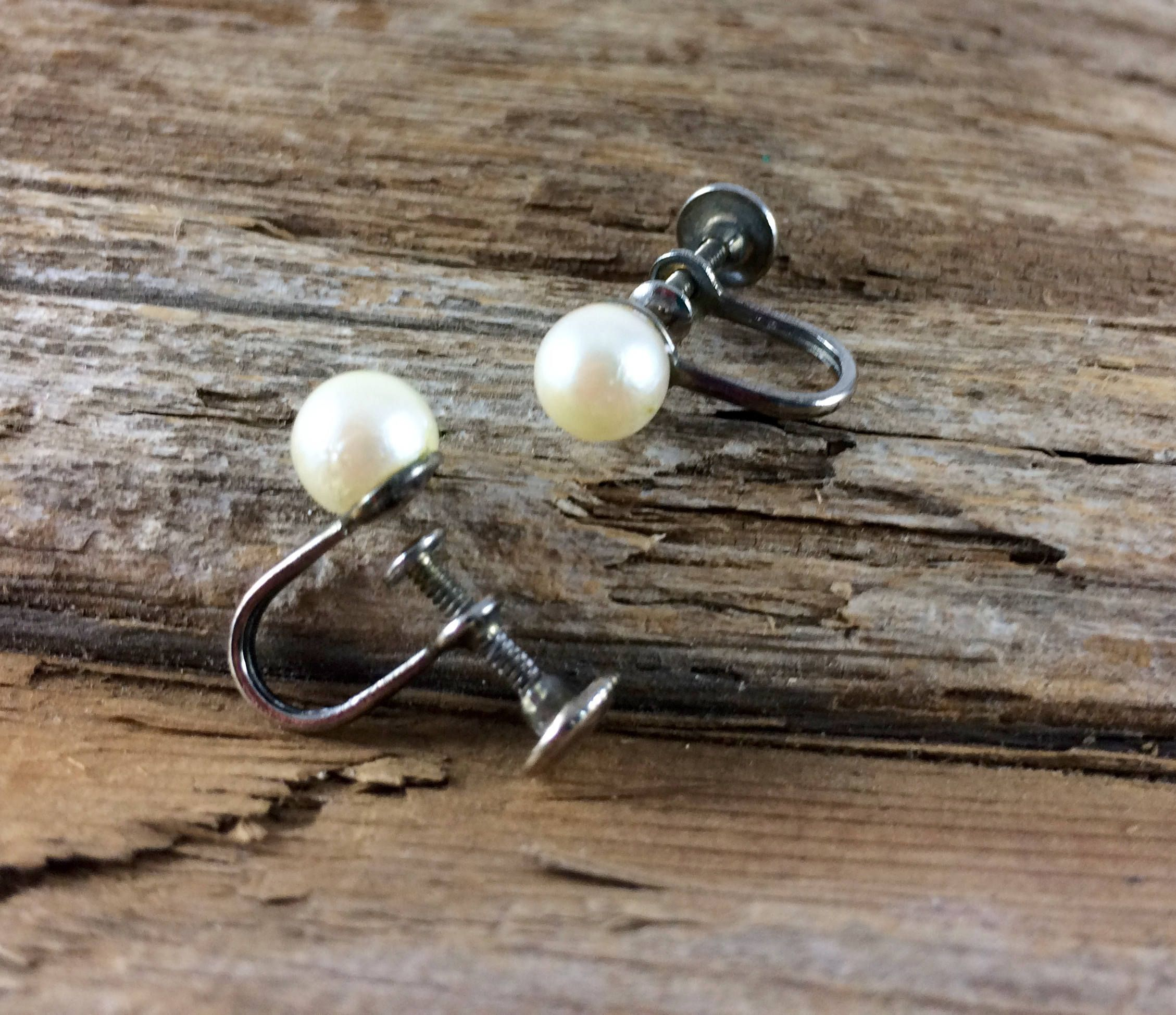 faux stud earrings pearl claire pack s