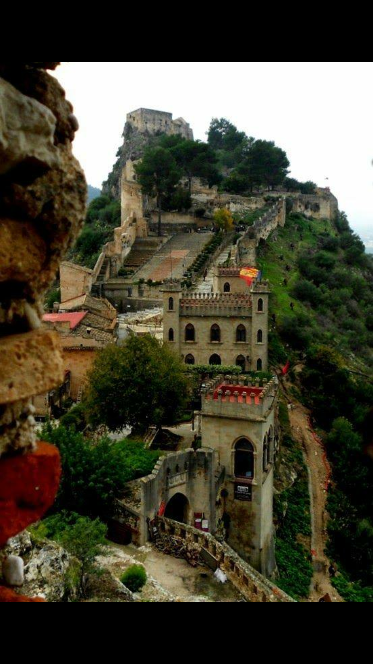 Xativa Castle Near Valencia Spain Places In The World  ~ Lugares Con Encanto En Valencia