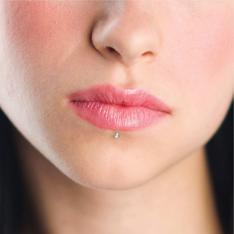 Lip Piercing Jewelry Internally Threaded Labret for Monroe Piercing Body Piercing Jewelry Medusa Stud Surgical Steel Labret Piercing