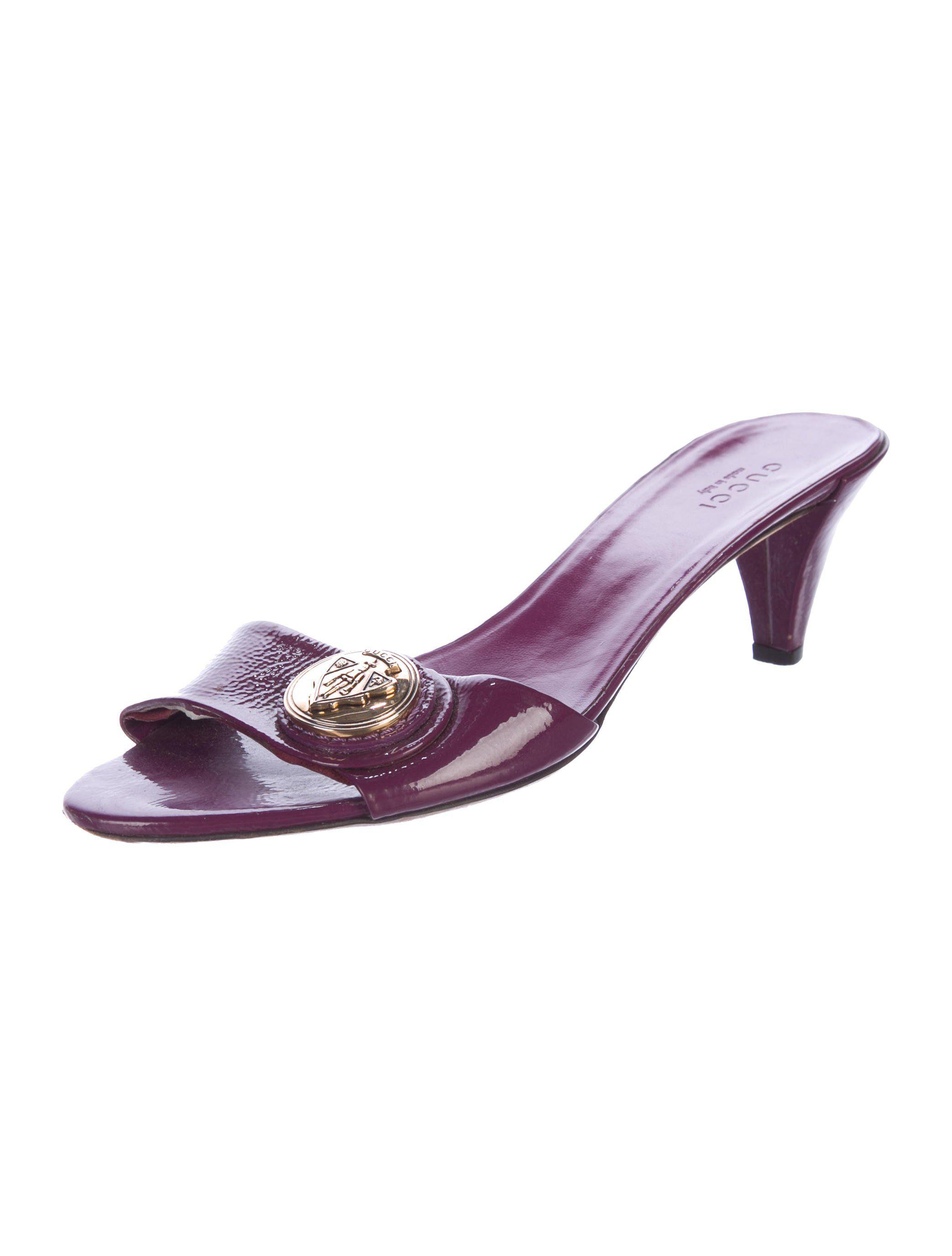 d602e9ea5ffa Gucci Emblem Slide Sandals - Shoes - GUC181691