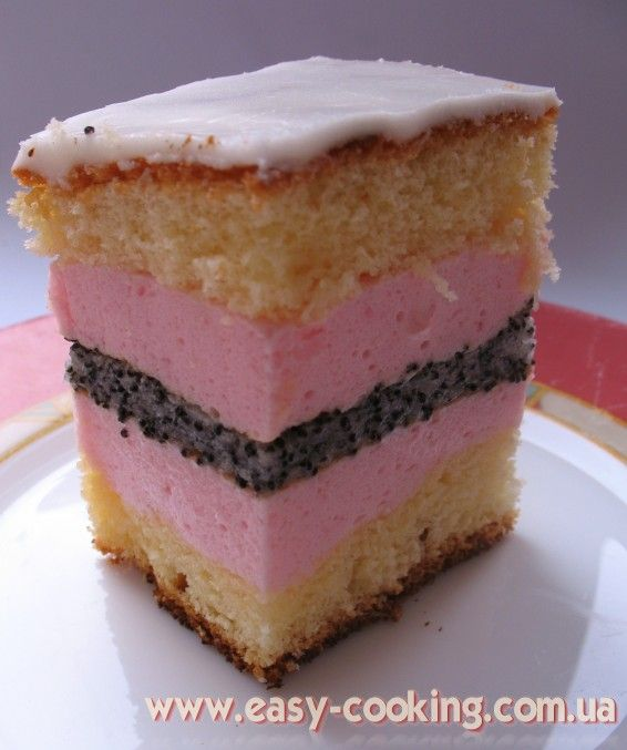 UKRAINIAN POPPY SEED PLYATSOK, OR POPPY SEED CAKE