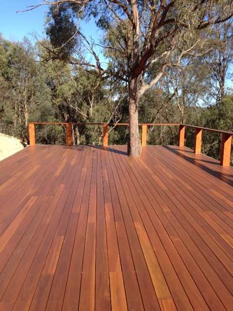 Spotted Gum Decking In St Andrews Victoria Timber Revival Made In Melbourne Supplied To Australia Spotted Gum Decking Hardwood Decking Timber Deck