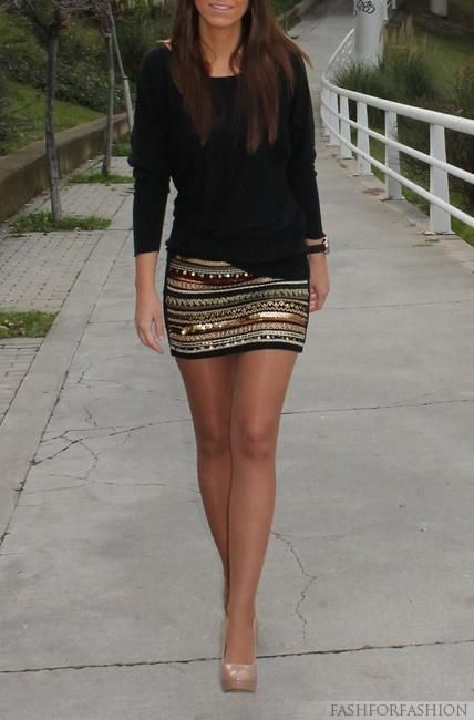 skirt and black top with leggings or hose
