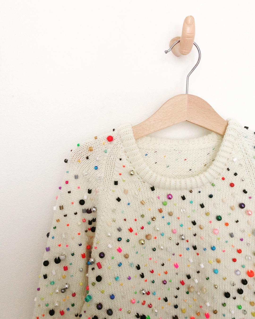Detail #knitwear #laerkebagger #beadedknitting