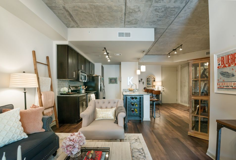 1 bedroom apartments midtown memphis tn%0A Best     Nashville apartment ideas on Pinterest   Airbnb design  Www airbnb  and Living in nashville