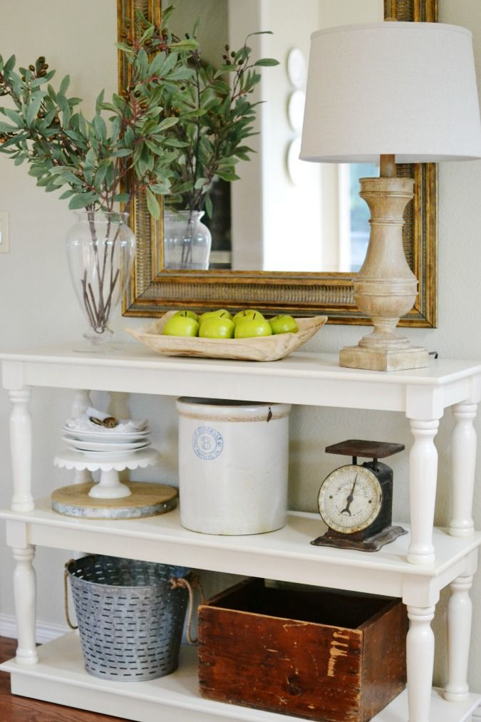 A Couple Of Weeks Ago I Confessed To You About The Time That It Almost Came To Blows Over A Sofa Table A Diy Side Table Side Table Styling Farmhouse Side