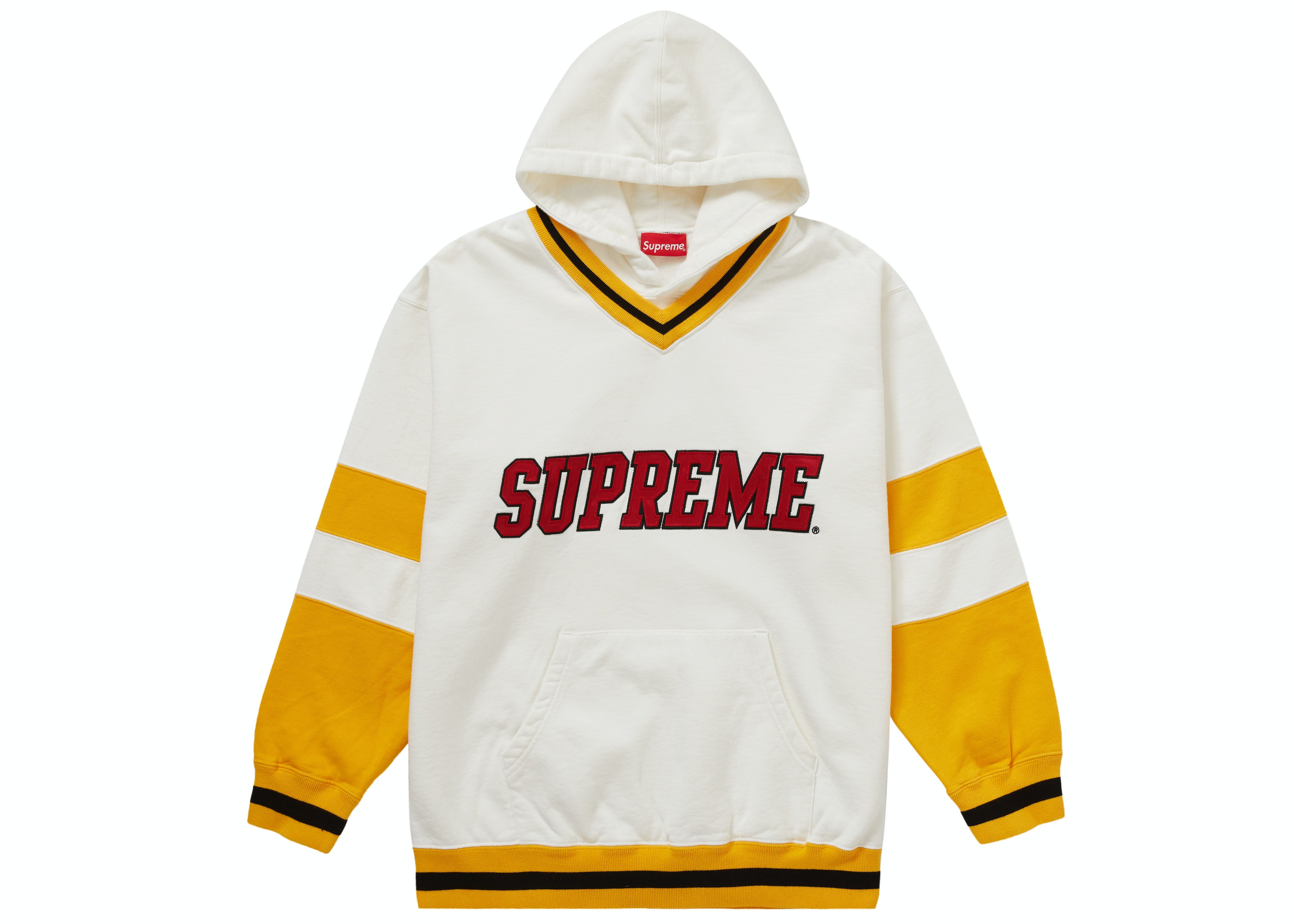 Supreme Hockey Hooded Sweatshirt White In 2021 Sweatshirts Hooded Sweatshirts White Sweatshirt [ 3632 x 5085 Pixel ]