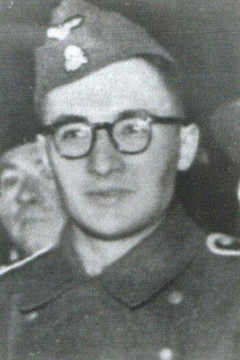 Waffen-Hauptsturmführer der SS Henri Joseph Fenet  commander Waffen der SS-Sturmbataillon Charlemagne24.04-2.05 1945