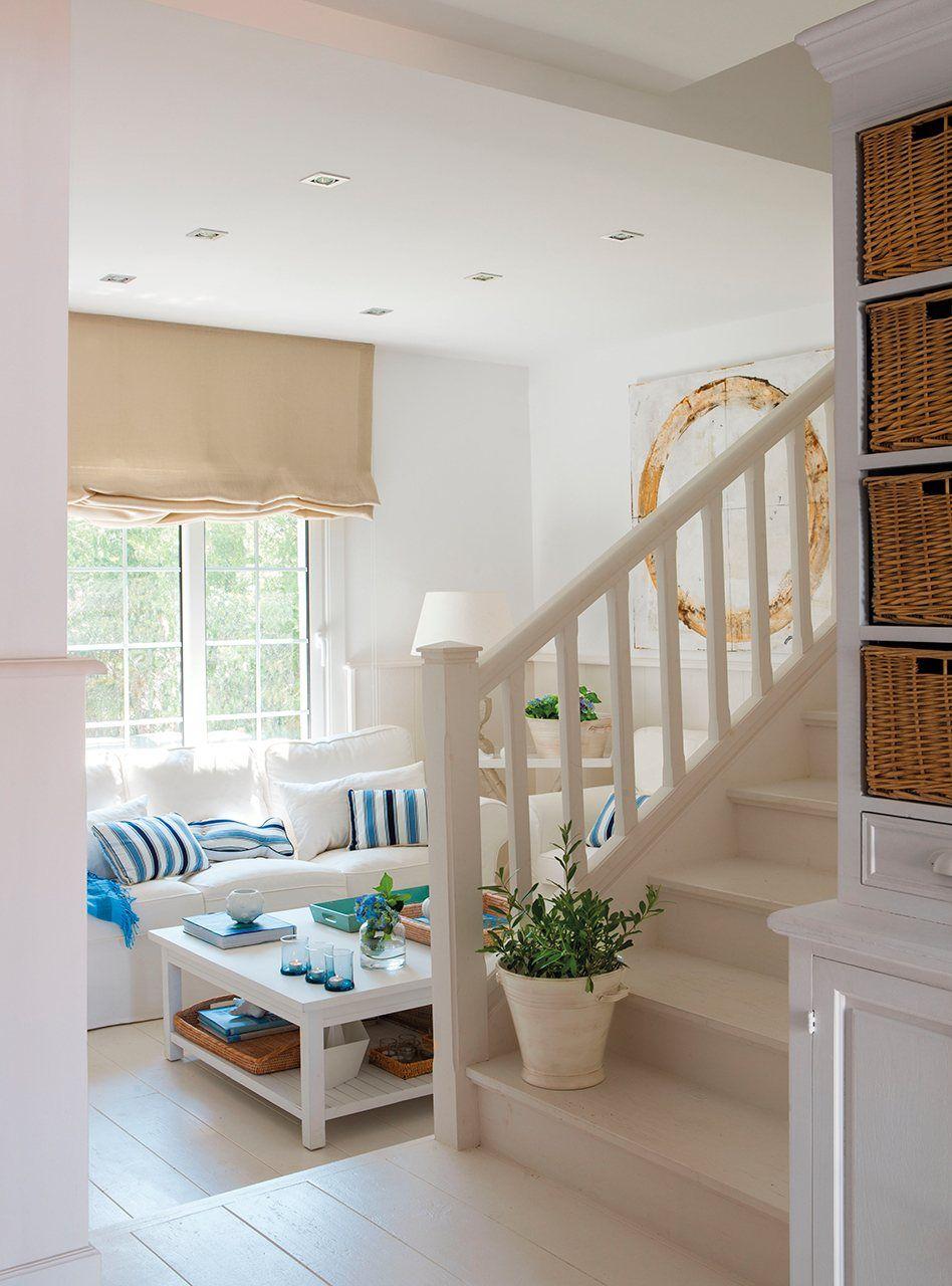 70 m2 en blanco ibicenco ideas para el hogar casas for Decoracion de casas acogedoras