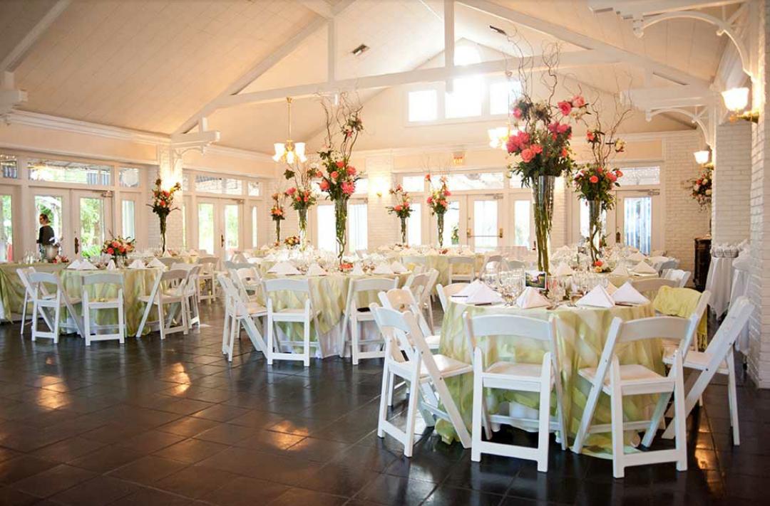 Mckenzie Hall For The Reception Location Sweetwater Branch Inn In Gainesville Fl Wedding Branches Florida Wedding Venues Wedding