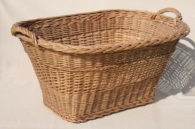 Wicker Laundry Baskets With Handles Redboth Com In 2020 Wicker Laundry Basket Laundry Basket Wicker Laundry Hamper