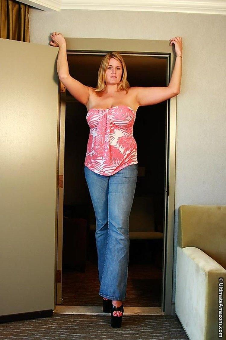 giant Big women tall