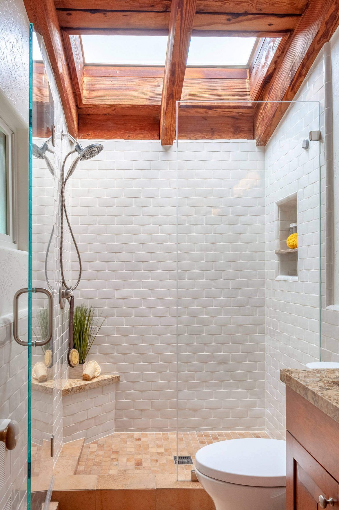 44 Modern Shower Tile Ideas And Designs 2020 Edition Brick Bathroom Modern Shower Tile Shower Tile