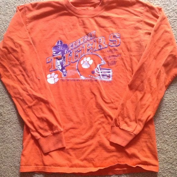 CLEMSON TIGERS long sleeve shirt CLEMSON TIGERS long sleeve crew neck shirt good condition Tops Tees - Long Sleeve