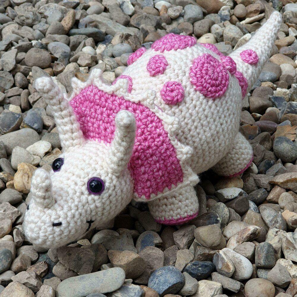Dennis the Donkey - US Terminology - Amigurumi Crochet pattern by ... | 1000x1000