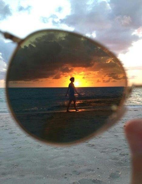 Иногда,  нужно взглянуть на мир, через очки©