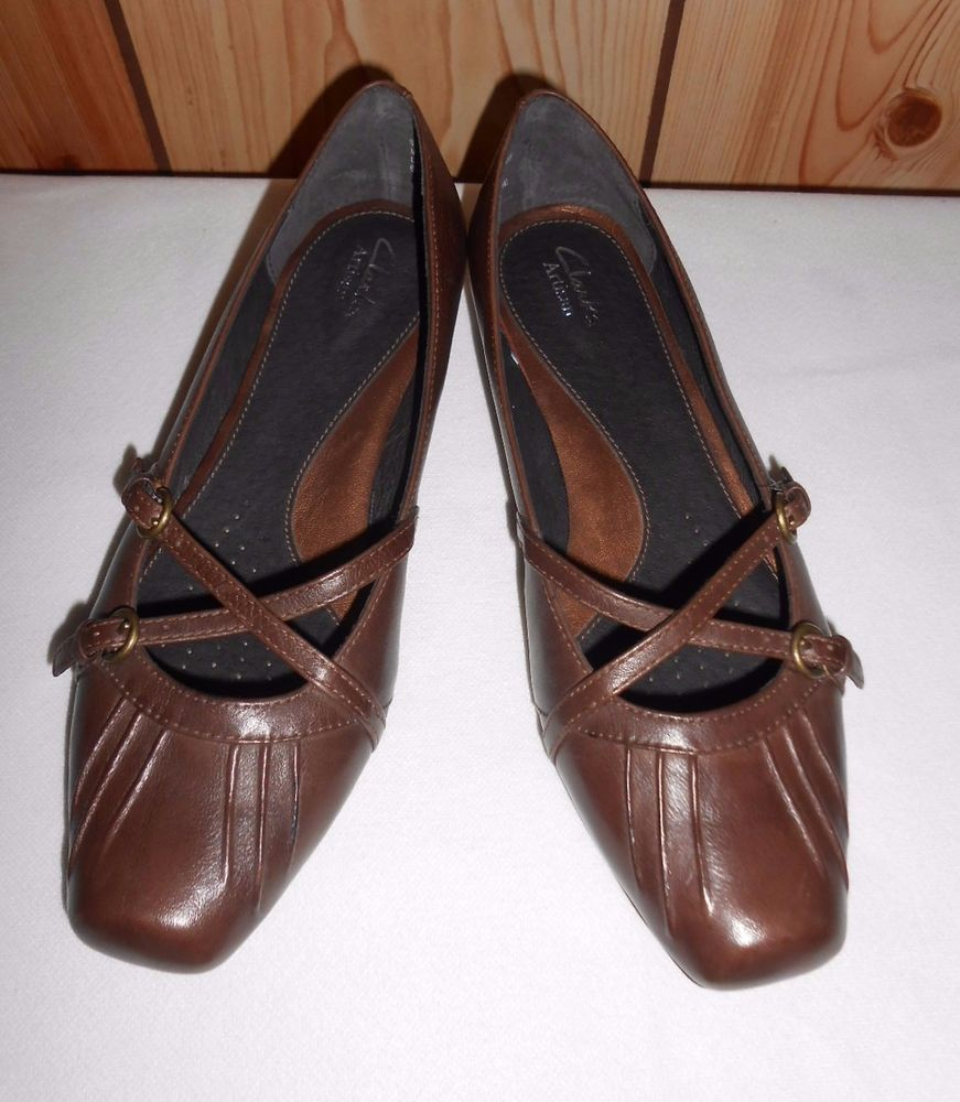 Clarks Artisan Womens Brown Leather Mary Jane Shoes 8.5M Active Air Comfort  New #ClarksArtisan