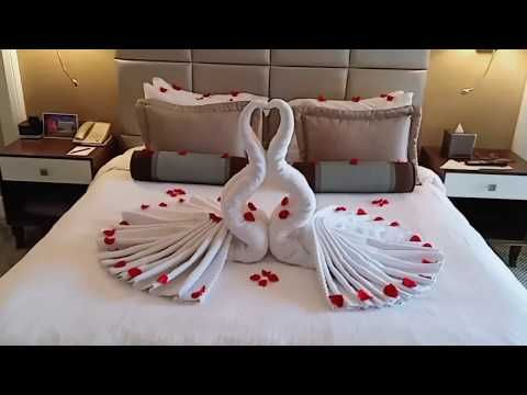 Honeymooners Bed Decoration With Images Bed Decor Romantic Room Decoration Romantic Room