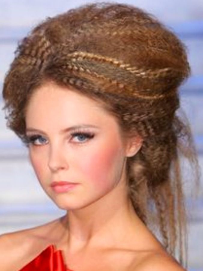 Crimped hair in a loose old fashioned bun