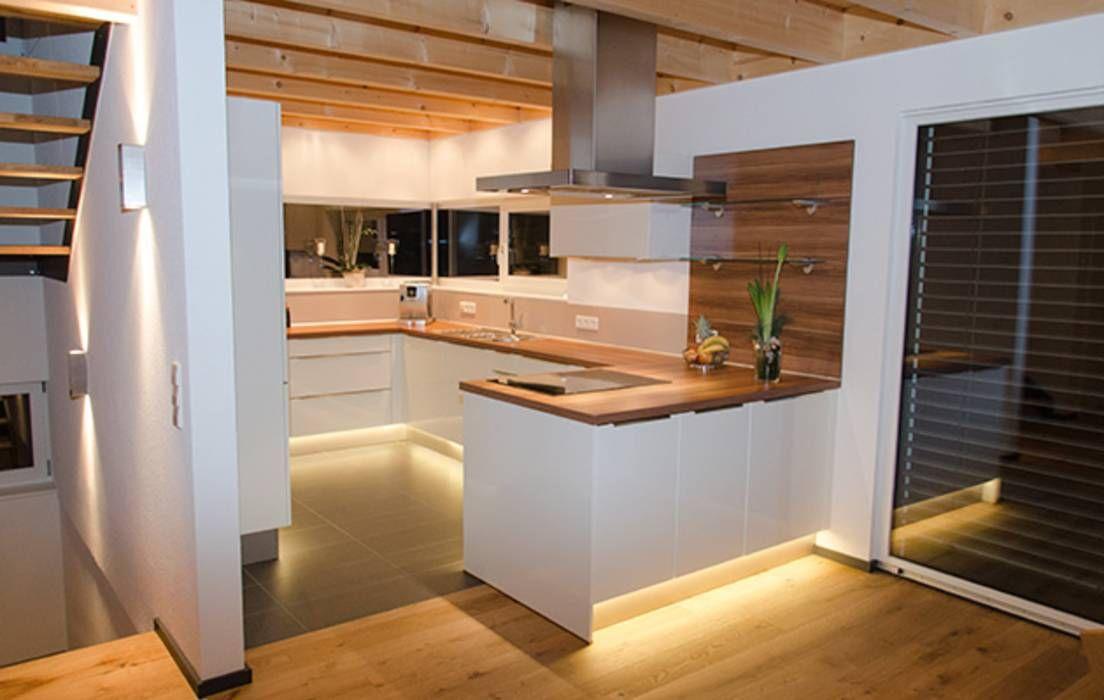 Moderne Küche Bilder Einfamilienhaus mit Doppelgarage - moderne kuche