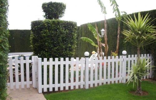 Resultado de imagen para rejas para jardin Cercas de madera en - cercas para jardin
