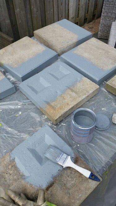 Stoeptegels bewerken met beton verf van de Action