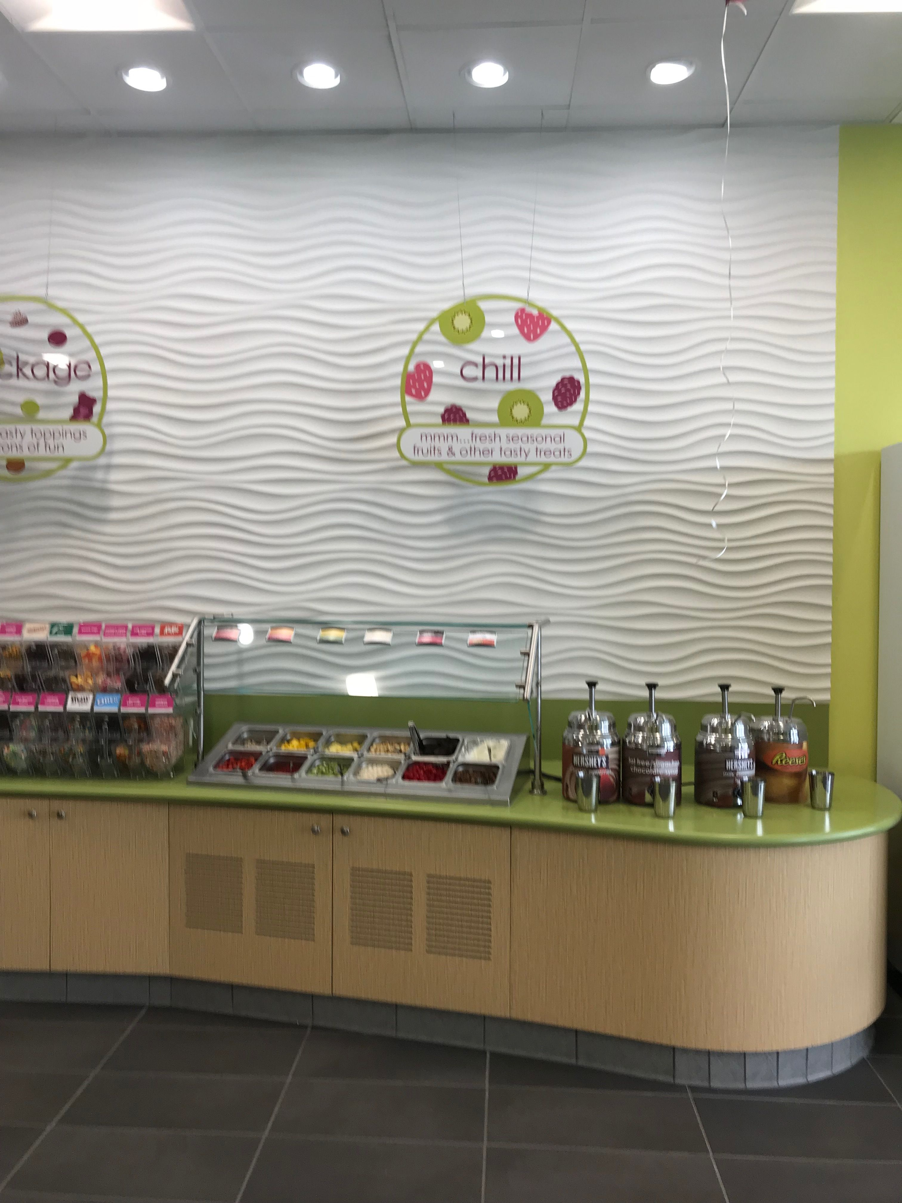 Menchies Van Nuys Ca Frozen Yogurt Shops Pinterest Frozen
