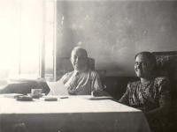 Otto Wille Kuusinen ja Hertta Kuusinen tapasivat syyskuussa 1945 Moskovassa. Edellisestä tapaamisesta oli yli kymmenen vuotta.