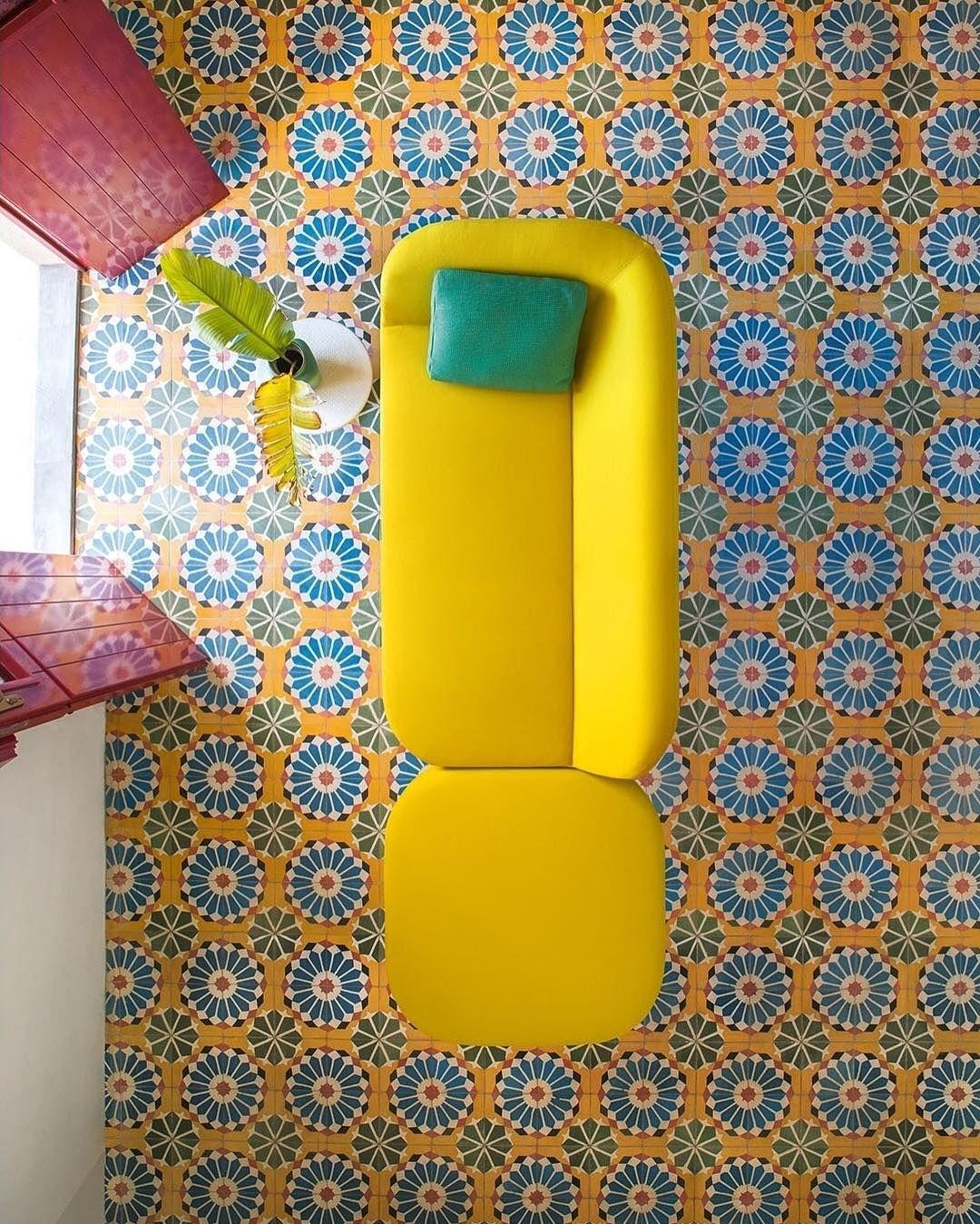 "1,316 curtidas, 24 comentários - Paola Lenti Official (@paola_lenti_official) no Instagram: ""Break the day with colours - #paolalenti #design #decor #architecture #furniture #colours…"""