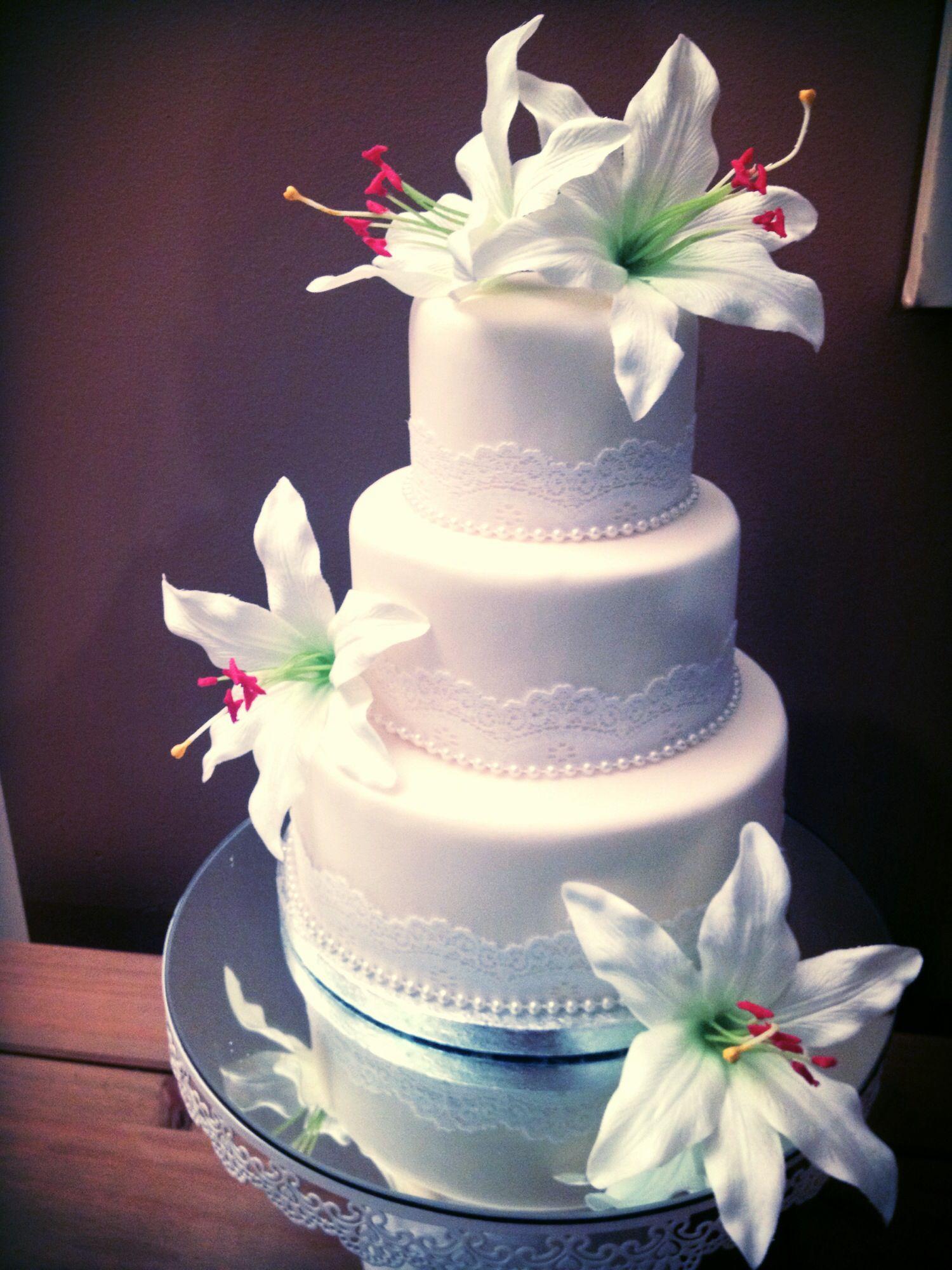 8-layered Wedding Cake With Edible Pearls #2050084 - Weddbook