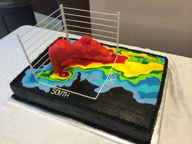 The cake shows a tornado-producing supercell thunderstorm on weather radar complete with a 3D volumetric display of the storm.