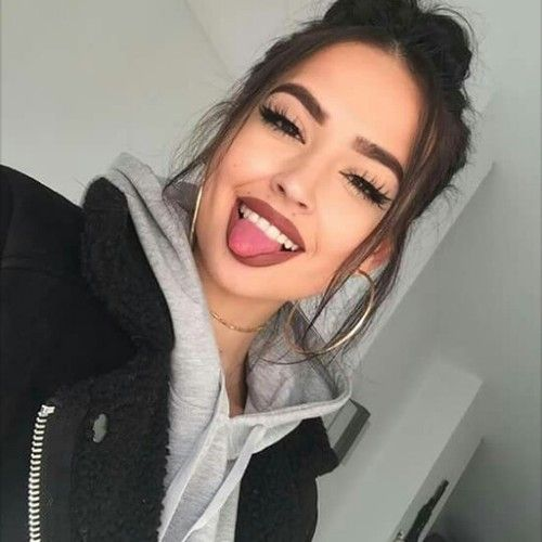 girls and meninas image on We Heart It image discovered by NINA  Discover   and save   your own images and videos on We Heart It. angrydinosaurx      makeup   Pinterest   Makeup  Selfies