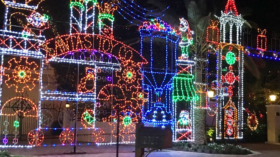 palm beach gardens snug harbor holiday lights craving some sunshine with your santa this season these 25 cant miss ways to celebrate will fill up your