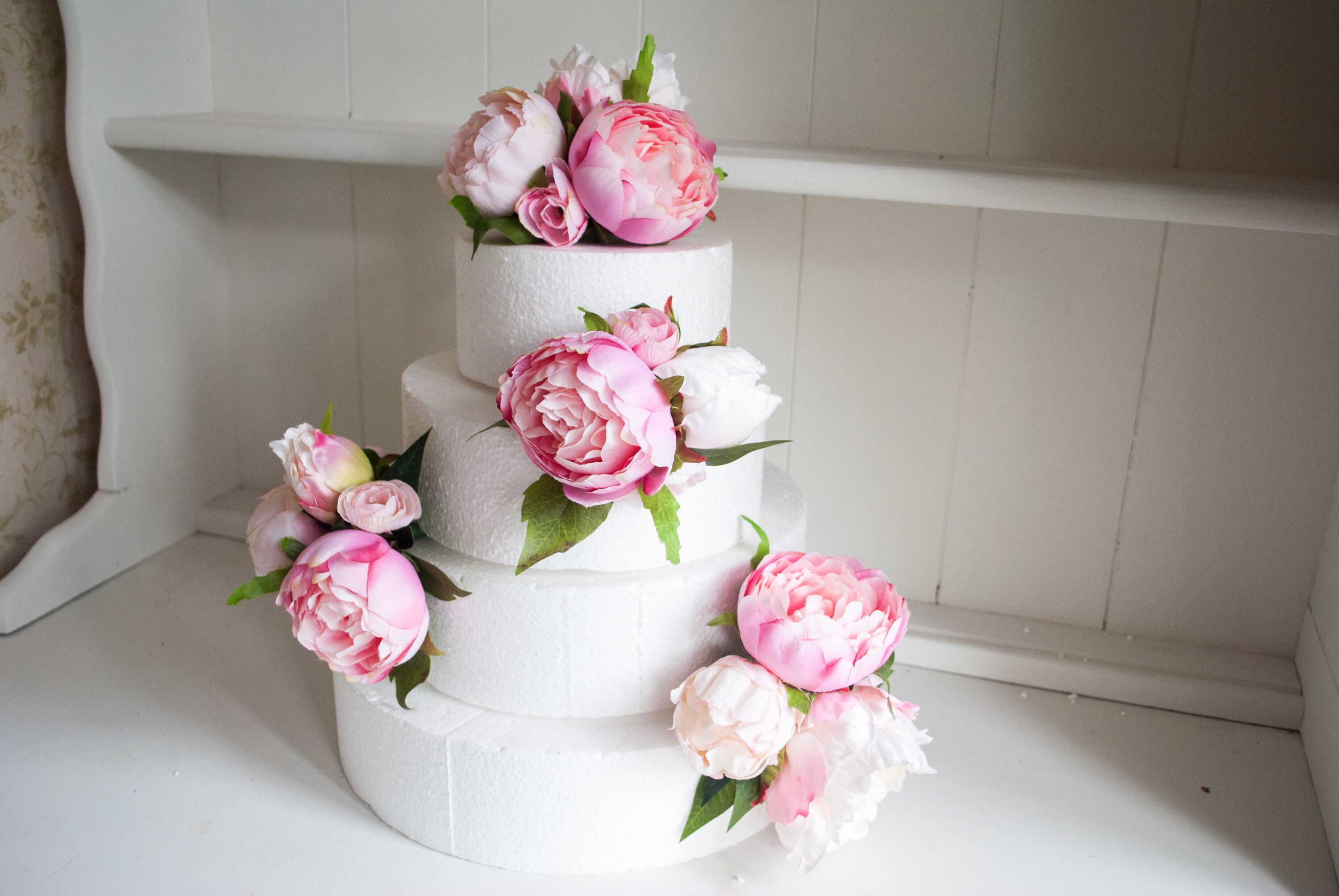 Pink peony cake flowers. Wedding cake topper and sprays in ...