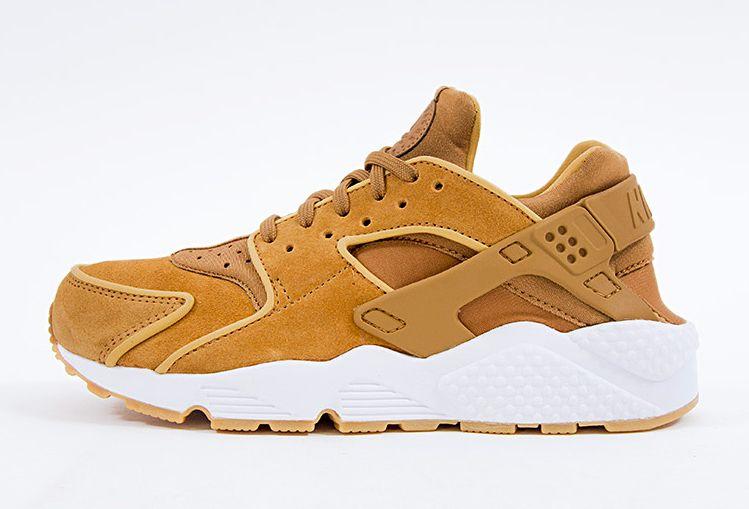 brand new 34314 c4681 Nike Air Huarache Premium Wheat Muted Bronze 683818-202