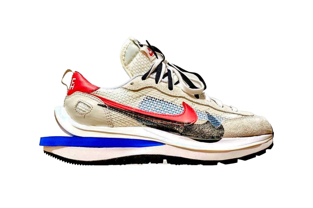 Amperio maratón Redondear a la baja  Take a First Look at the sacai x Nike Vaporwaffle