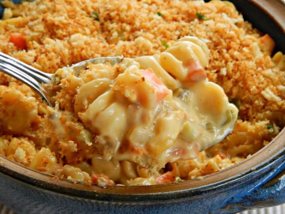 cheesy chicken or turkey noodle casserole   turkey noodle