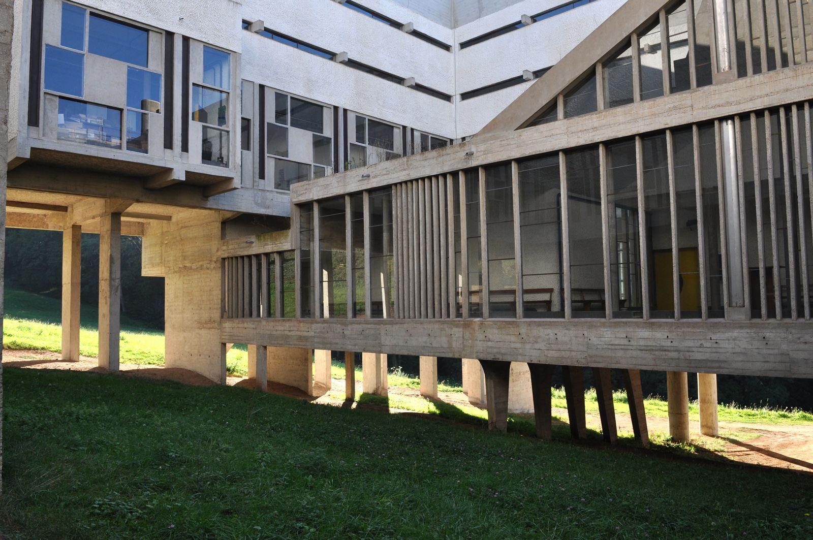 explore le corbusier and more the convent de la tourette