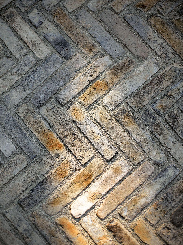 Pavement (architecture)