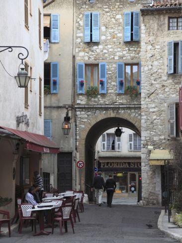 Vence, Alpes Maritimes, Provence, Cote d'Azur, France